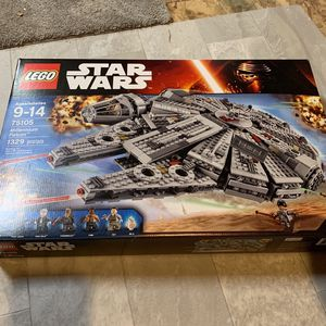 Star Wars Lego 75105 millennium falcon for Sale in Bothell, WA