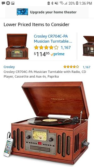 Crosley musician turntables with radio for Sale in Hartford, CT