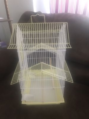 Bird Cage used only 3 days for Sale in Irwin, PA