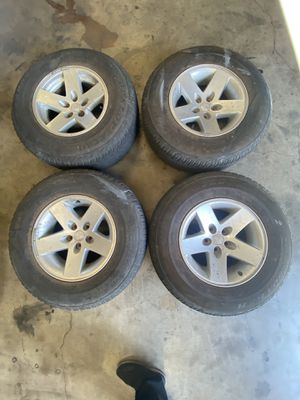 5 lug Jeep wheels & tires for Sale in Stockton, CA