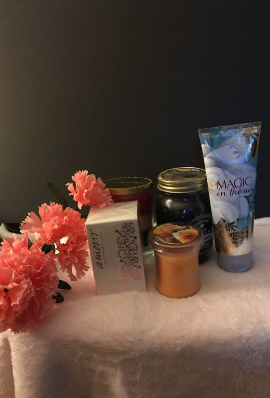 Candles,Lotion and Amour Perfume