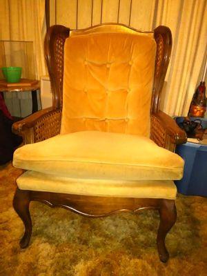 Vintage Chair for Sale in Belleville, WV