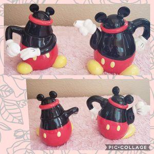 Lindo set de mickey mouse son para el azúcar y la leche o crema para el cafe ..originales de disney ..se pueden usar como decoración también for Sale in Lakewood, CA