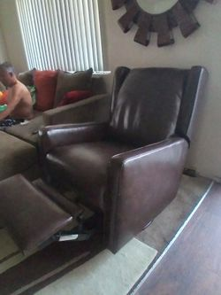 Reclinable Sillon for Sale in Manteca,  CA