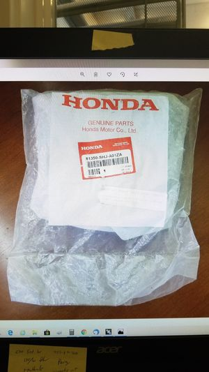 Honda OEM 05-07 Rear Cup Holder for Sale in Bonney Lake, WA