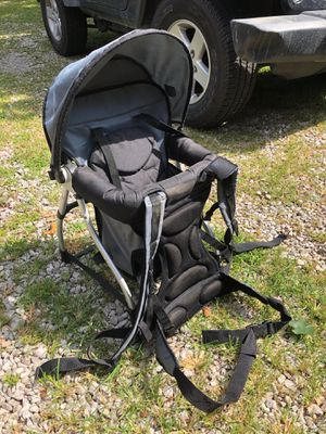 Hiking baby carrier for Sale in Carroll, OH