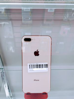 iPhone 8 Plus 64gb (Factory Unlocked) for Sale in Cypress Gardens, FL