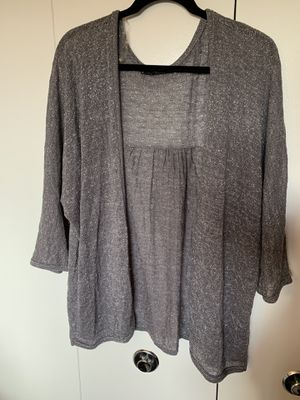 Maurices Plus Size Gray/Silver cardigan for Sale in Monroeville, PA