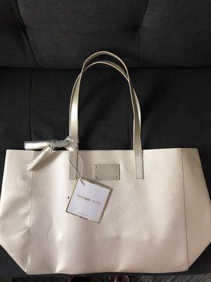 Michael kors tote bag for Sale in Vernon, CA