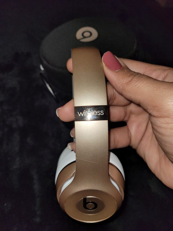 Beats Solo (Rose Gold)