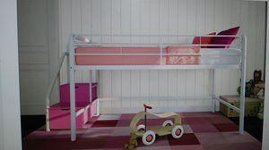White Twin Junior Loft Bed w/Storage Steps for Sale in Dallas, TX