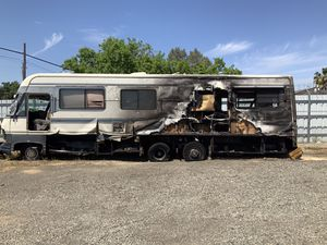 RV for FREE.( it doesn't Run and we not part it out) for Sale in Sacramento, CA