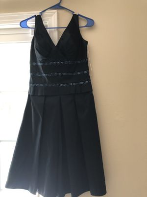 2 cocktail dresses (size 6/8) for Sale in Sunnyvale, CA