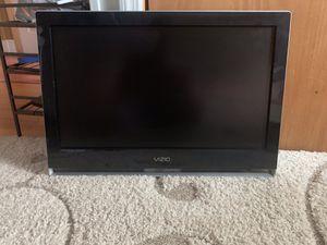 Vizio 32 inch tv for Sale in Valley Stream, NY
