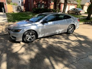 Chevy Malibu 2017 clean title for Sale in Sugar Land, TX