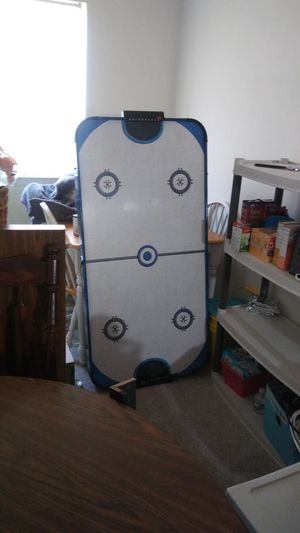 Air hockey table for Sale in Riverview, MI