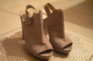 Report/brown heels for Sale in Tampa, FL