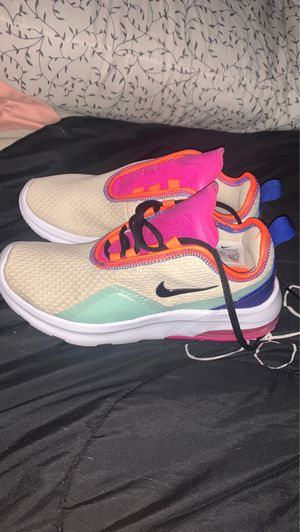 Nike(Woman's) for Sale in Coats, NC