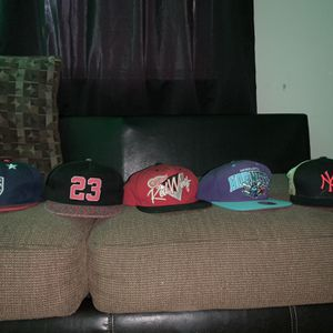 Hats for Sale in Hartford, CT