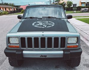 I'm the first owner and i want to sell my 2000 Jeep Cherokee $500(+) for Sale in Los Angeles, CA