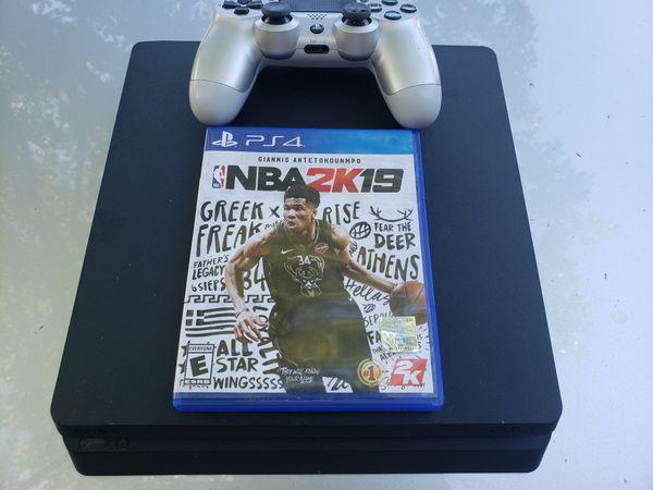 PS4 1tb Slim Like New