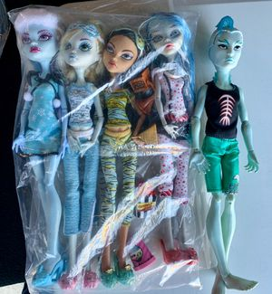 Lot of Dolls (Monster High) for Sale in Los Angeles, CA