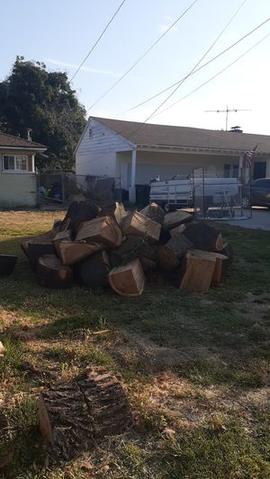 Fire wood for free for Sale in Whittier, CA