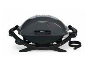 Weber grill Q140 for Sale in Elgin, SC