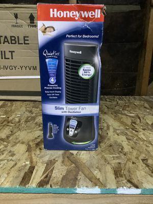 Honeywell QuietSet Mini Tower Table Fan is a for Sale in Perris, CA