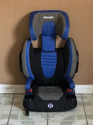 PRACTICALLY NEW RECARO BOOSTER SEAT WITH TWO CUP HOLDER for Sale in Riverside, CA