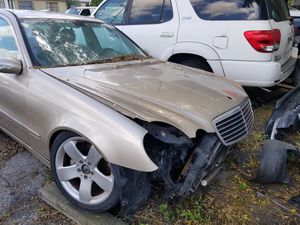 Mercedes and Bmw for parts for Sale in Tampa, FL