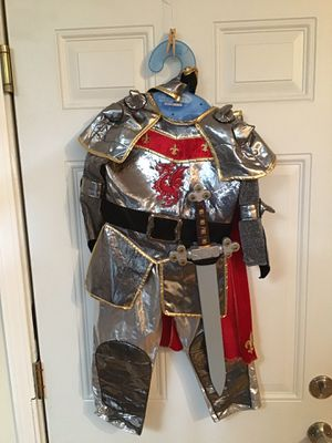Knight Halloween costume kids size 3-4 for Sale in San Jose, CA