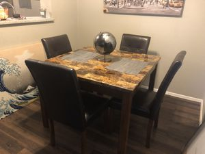Dining table for Sale in Abilene, TX