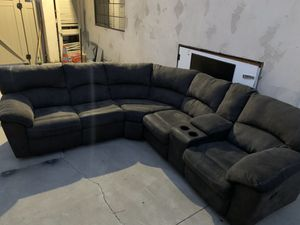 ** FREE ** Couches for Sale in Redondo Beach, CA