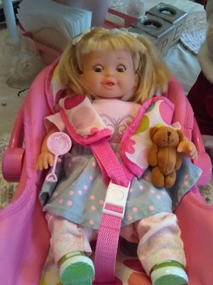 🎅CUTE DOLL WITH CARRIER for Sale in Marietta, GA