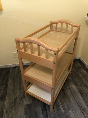 Baby changing table like new make offer for Sale in Pompano Beach, FL