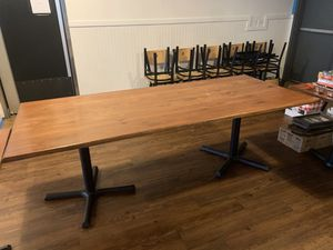 Table and chairs for Sale in Oregon City, OR