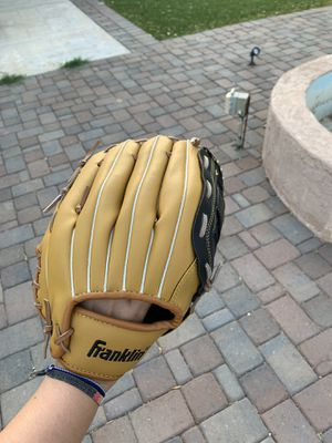 Adult Softball glove for Sale in Mesa, AZ