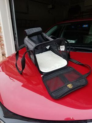 Pet Carrier! for Sale in Dallas, TX