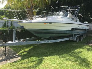 1991 Bayliner Trophy 24 footer boat for Sale in Miami, FL