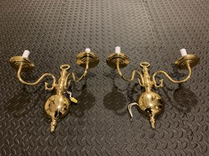 Brass Wall Light Fixtures *Excellent Condition* for Sale in Marlboro Township, NJ