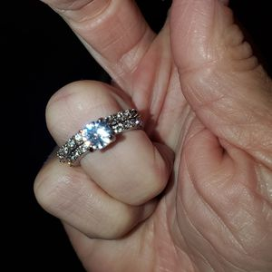 Sz 6 White Gold Moissanite Ring for Sale in Vancouver, WA