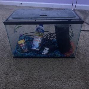 10 Gallon Fish Tank for Sale in Severna Park, MD