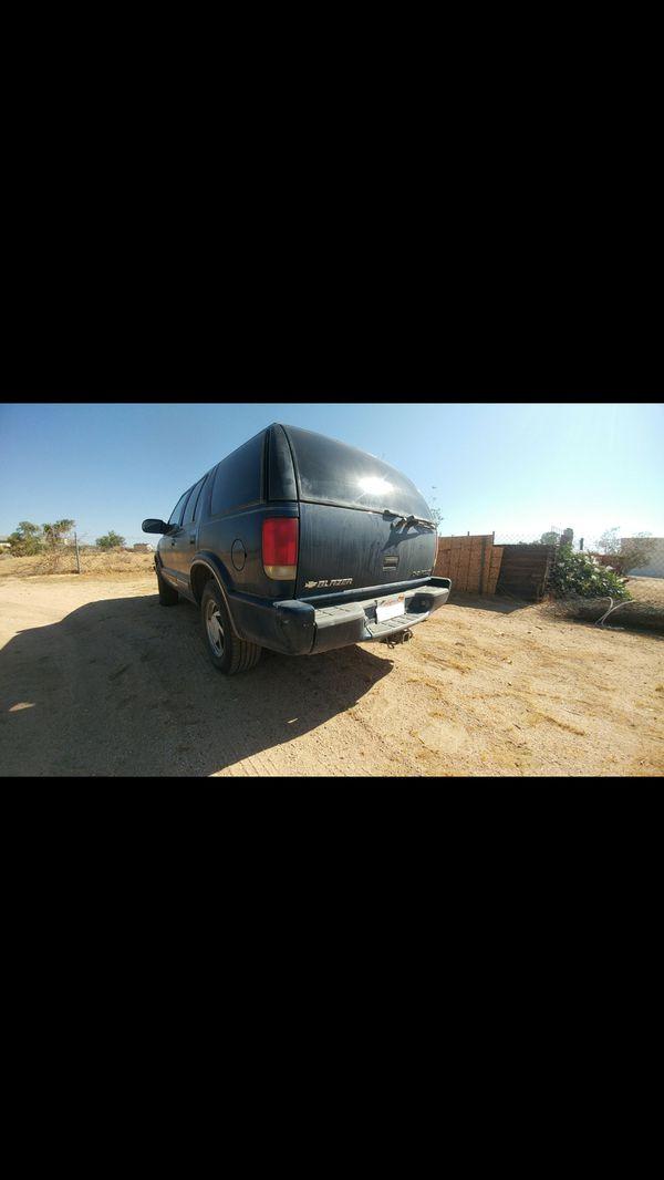 2000 4 Door Chevy Blazer 4.3 V6 4x4 165k miles