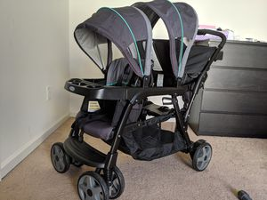 Graco double stroller new for Sale in Los Angeles, CA