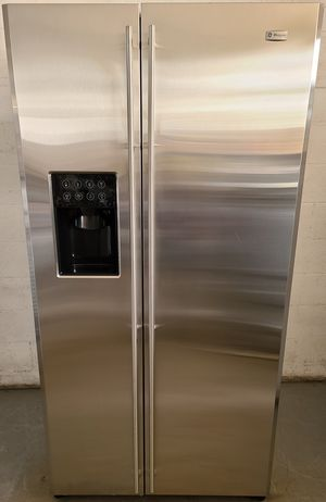 Monogram Refrigerator for Sale in North Las Vegas, NV