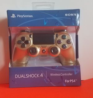 LIMITED EDITION PS4 CONTROLLER GOLD for Sale in Queens, NY