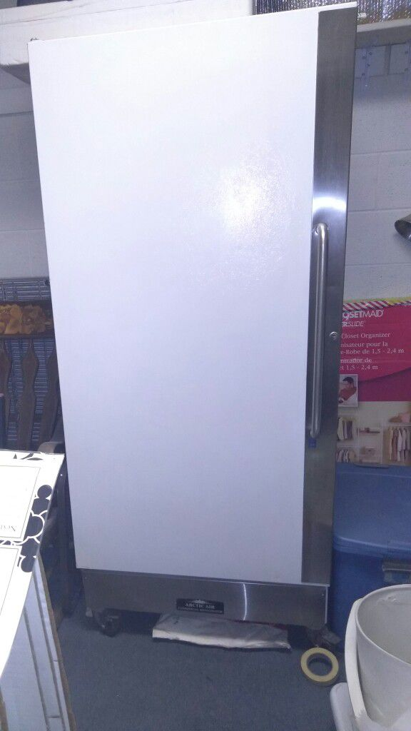 Arctic air commercial refrigerator