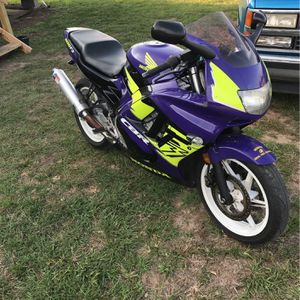 93 Honda CBR 600F2 clean Blue Title Runs Good Open To Trades OfferUp! for Sale in Houston, TX