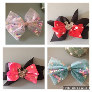 Lot of Large Bow Hair Clips for Sale in Chula Vista, CA